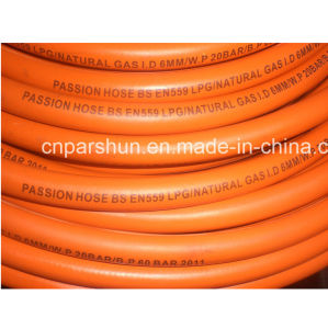 High Pressure Rubber Yellow Flexible Gas Hose pictures & photos
