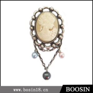 Manufacturers Direct Sale Classical Portrait Brooch #5197 pictures & photos