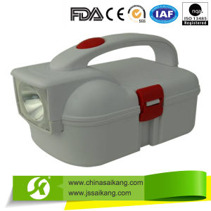 China Supplier Portabe Aid Kit with Lamp pictures & photos