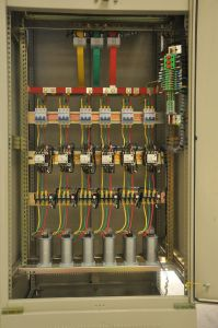 415V Draw-out Type Lt Electric Distribution Board Switchgear pictures & photos