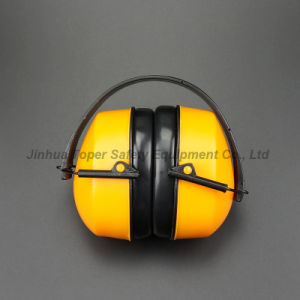 High Qulaity ABS Cup Folding Type Safety Ear Protector (EM602) pictures & photos