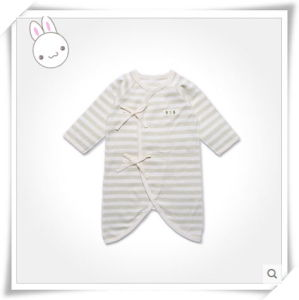 Natural Organic Cotton Kimono Romper for Infant with Lovely Design pictures & photos