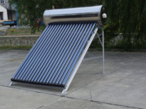 Staniless Steel Heat Pipe Solar Water Heater pictures & photos