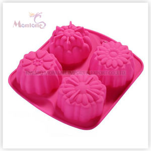FDA & LFGB Bakeware Silicone Flower-Shaped Cake Mould pictures & photos