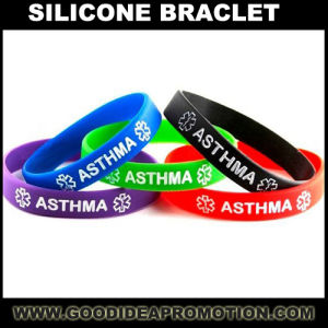 Silicone Wristband Bracelet with Client Logo pictures & photos