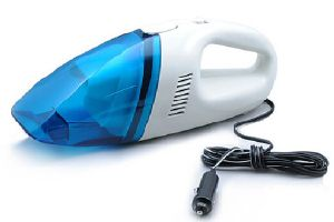 Dry & Wet Dual-Use Super Strong Suction Portable Hand Vacuum Cleaner pictures & photos