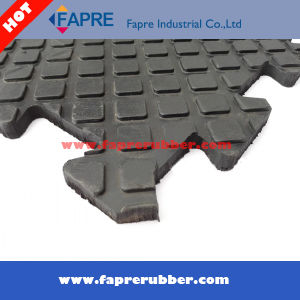 2017 Horse/Cow Honeycomb Rubber Floor Stable Mat pictures & photos