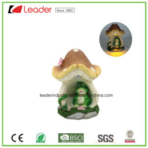 Decorative Resin Mushroom Statue Garden Miniature with Solar Light for Home Decoration and Garden Ornament pictures & photos