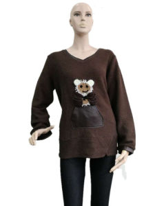 Ladies Fashion Embroidered Knit Sweater Shirt pictures & photos