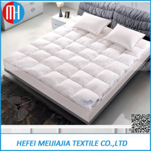 China Mattress Factory of Down Feather Filled Mattress pictures & photos