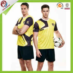 Hot Sports Team Cheap 100% Polyester Sublimated Soccer Uniforms pictures & photos