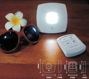 Smart Remote LED Wireless Table Lamp Night Cabinet Puck Light pictures & photos