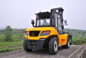 Un 8.0t Diesel Forklift with Original Isuzu Engine with Duplex 4.5m Mast pictures & photos