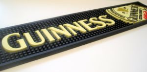 Anti Slip Non Skid Customized Bar Decoration Polyester Digital Heat Transfer Printed Logo Bar Mats Runner pictures & photos