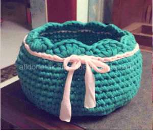 Hand Knitting Crocheting Fancy Tape Hook Bag Strip T-Shirt Yarn pictures & photos