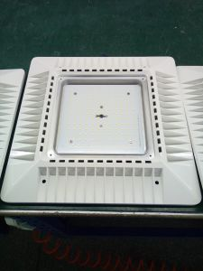 150W 240W LED Slim Canopy Light for Gas Station pictures & photos
