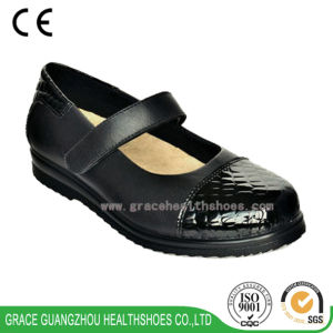 Grace Diabetic Shoes Leather Health Shoes for Women pictures & photos