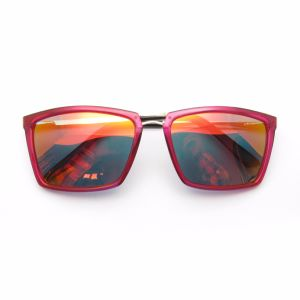 Factory Supply Popular Unisex Polarized Sports Sunglasses pictures & photos