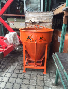 Wholesale of Concrete Kibble Bucket 0.5cbm Capacity Ideal for Narrow Access Room pictures & photos