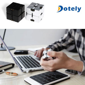New Design Mini Portable Best Reduce Pressure Gift Infinity Cube pictures & photos