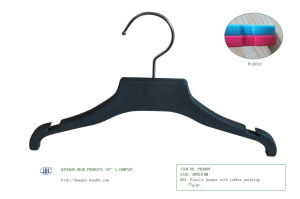 Plastic Flat Children′s Clothes Hanger Soft Finishing Kids Coat Set Clips Hanger pictures & photos