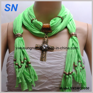 Woman′s Snsmq1050 Cross Pendant Scarf pictures & photos