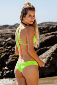 Women 2017 Sexy Handwork Weave Bikini Set Bottom Swimsuit 2 Piece 2 pictures & photos