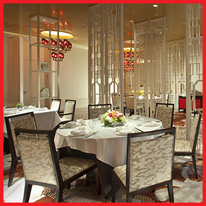 Modern Design Restaurant Upholstered Chair Dining Table Set for Star Hotel pictures & photos