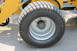 Wl100 New Type for Sale with 33X15.5-16.5 Tire for Farm Tractor pictures & photos