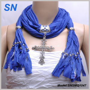 2014 Lady′s Fashion Pendant Scarf pictures & photos