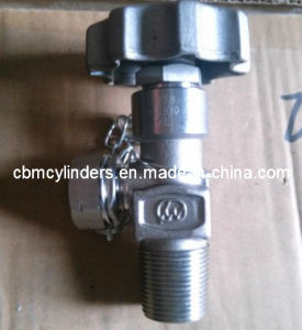Cga330 Stainless Steel Valve for Specialty Gas Delivery & Supply System. pictures & photos