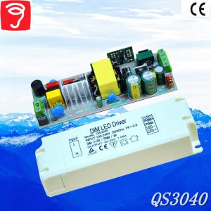 30-46W 0-10V Dimmable No Flicker Triangle LED Driver with Ce QS3040 pictures & photos
