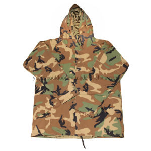 Military Woodland Camo Cold Weather Parka pictures & photos