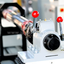 Transmission Shaft Balancing Machine with Welder (PHCW-1000) pictures & photos