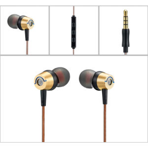 Factory Directly Supply 3.5mm Meatal Wired in-Ear Earphone with Best Quality pictures & photos