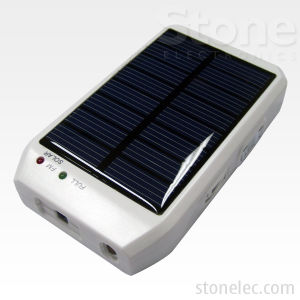 Mobile Solar Battery Charger (CHS07)