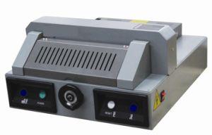 Paper Machine Cutting Machine Wd-320V+ pictures & photos