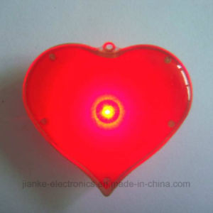Wholesale LED Flashing Customized Button for Party (3161) pictures & photos