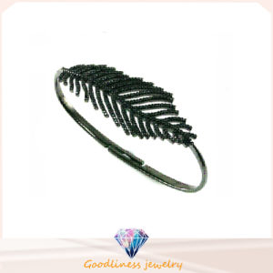 Factory Price Fashion Jewelry 925 Silver Bangle (G41258) pictures & photos