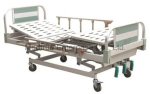 High Quality Five Function Electric Medical Patient Hospital Bed (MT05083301) pictures & photos