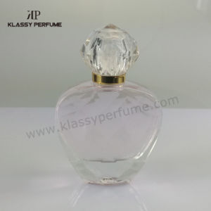 Heart Shape Fammine Perfume Bottle with Decoration
