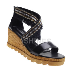 Ladies PU Fashion High Heel Sandal with Tassels pictures & photos