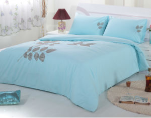Four Sets of Cotton Embroidery Bedding Set pictures & photos