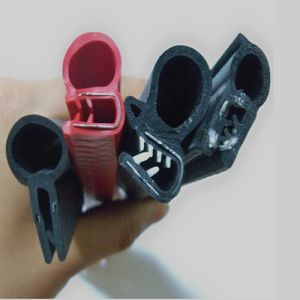 EPDM Rubber Extruded Weather Seal Strips pictures & photos
