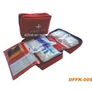 Emergency First Aid Kit for Car Outdoor Home (DFFK-009) pictures & photos
