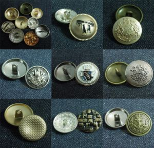 Fancy Gold Embossed Logo Shank Sew Alloy Button pictures & photos