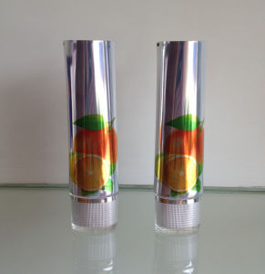 Shinning Aluminium Tube Cosmetic Packing with Acrylic Oval Cap pictures & photos