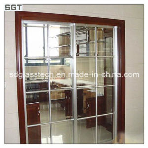 10mm 12mm Laminated/Toughened Patterned Glass for Partition pictures & photos
