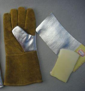 Golden Cow Split Leather Aluminum Foil Welding Glove pictures & photos