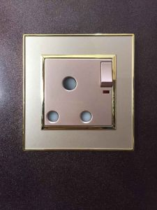 BS Standard 1 Gang 15A Wall Electric Socket pictures & photos